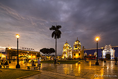 ... Catedral De Trujillo, Plaza De Armas, ...